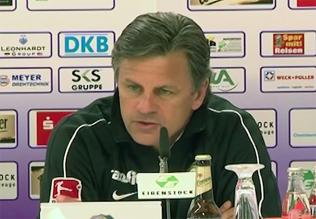 Falko Götz. Trainer FC Erzgebirge Aue