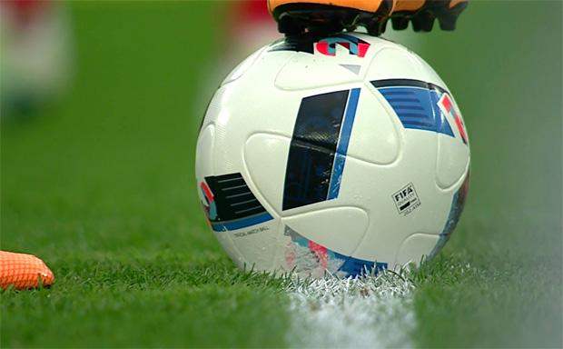09-fussball011